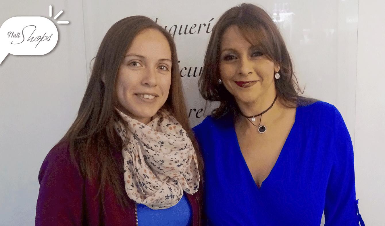 Isabel Arrieta, periodista de La Cuarta, y Paulina Hidalgo